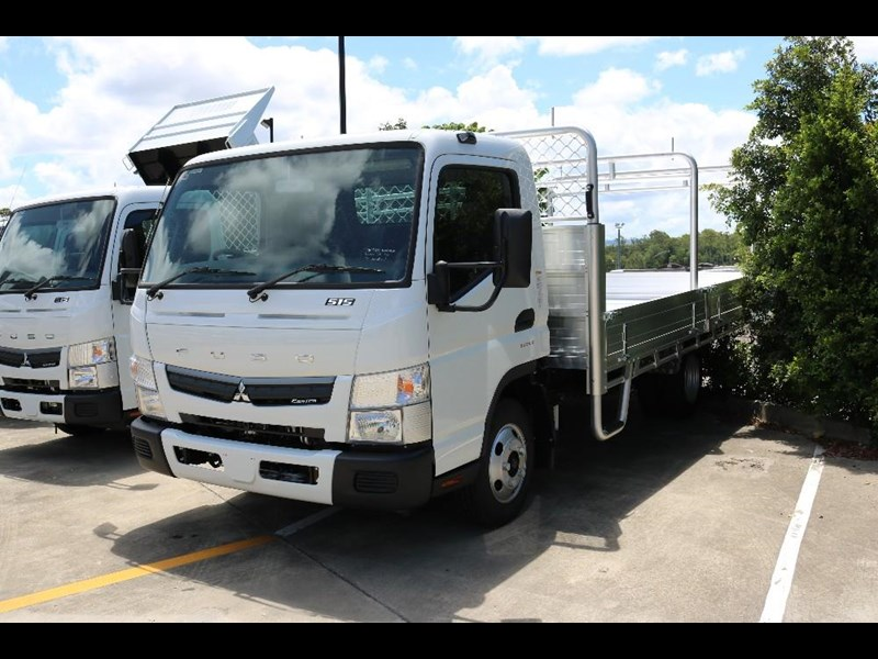 fuso canter 565469 003