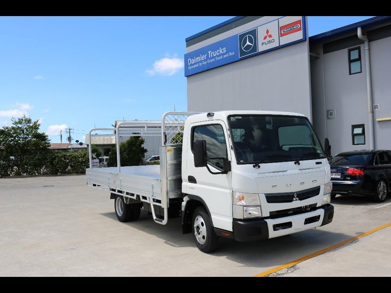 fuso canter 565469 001