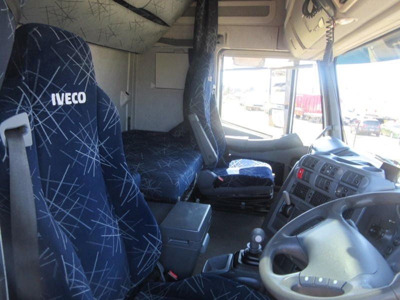 iveco stralis at/as/ad 552637 023