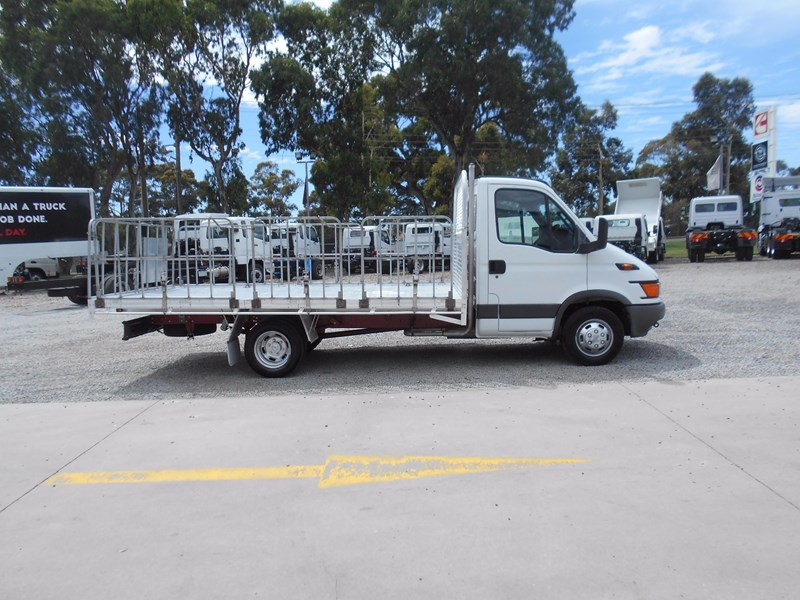 iveco daily 50c15 568533 023