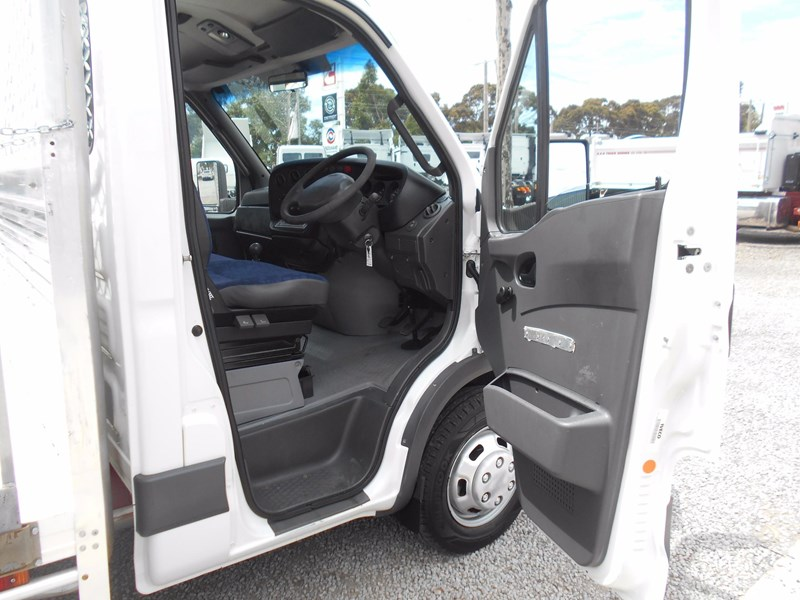 iveco daily 50c15 568533 011