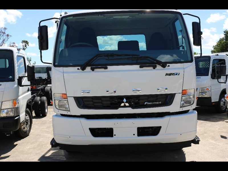 fuso fighter 566605 071