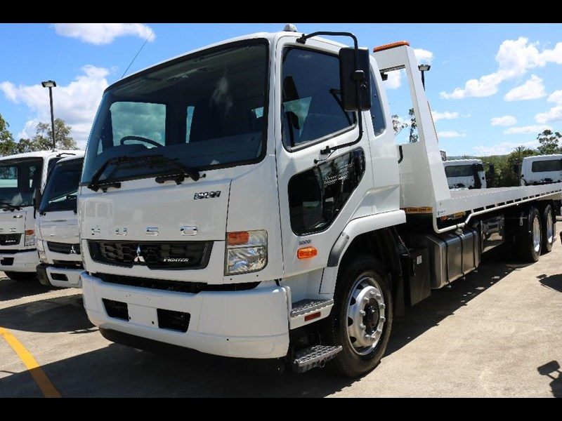 fuso fighter 566605 075