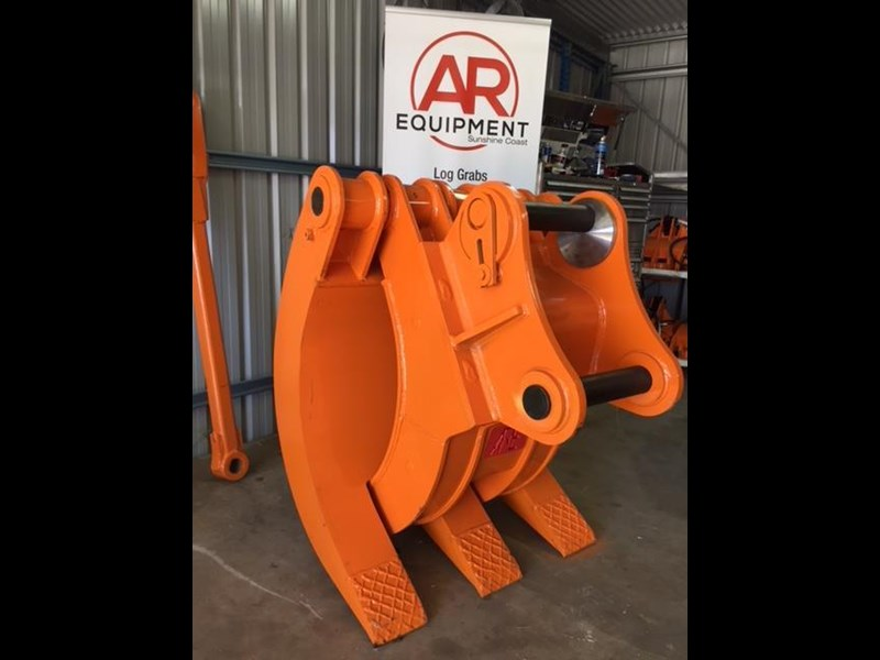 ar equipment are 20-24 ton log demo mechanical grab 444370 001