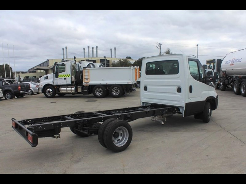 iveco daily 50c 17/18 575574 005