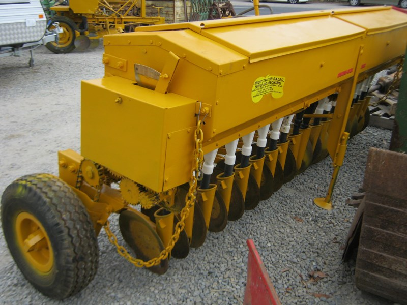 connor shea napier 18 row disc super seeder 551538 015