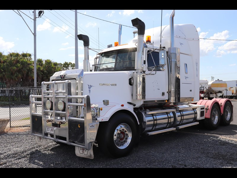 western star 4900 fx constellation 559411 009