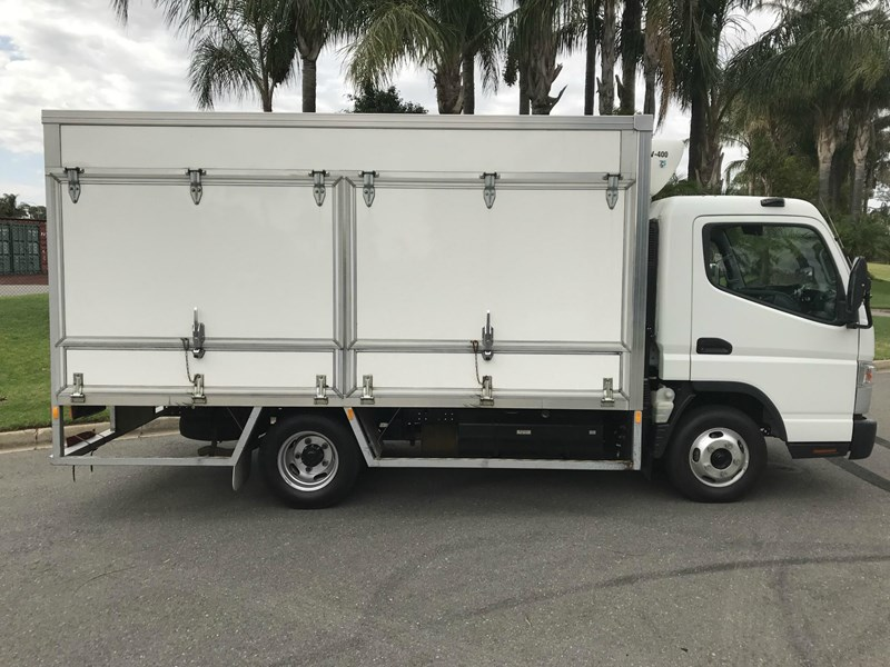 fuso canter 515 wide 558392 003