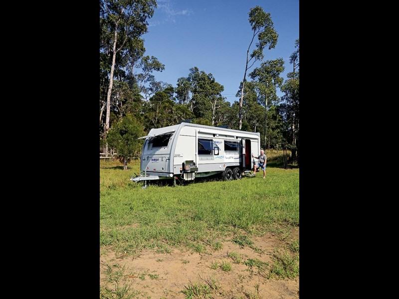 Fantastic New JURGENS LUNAGAZER J2405 J24 Caravans For Sale