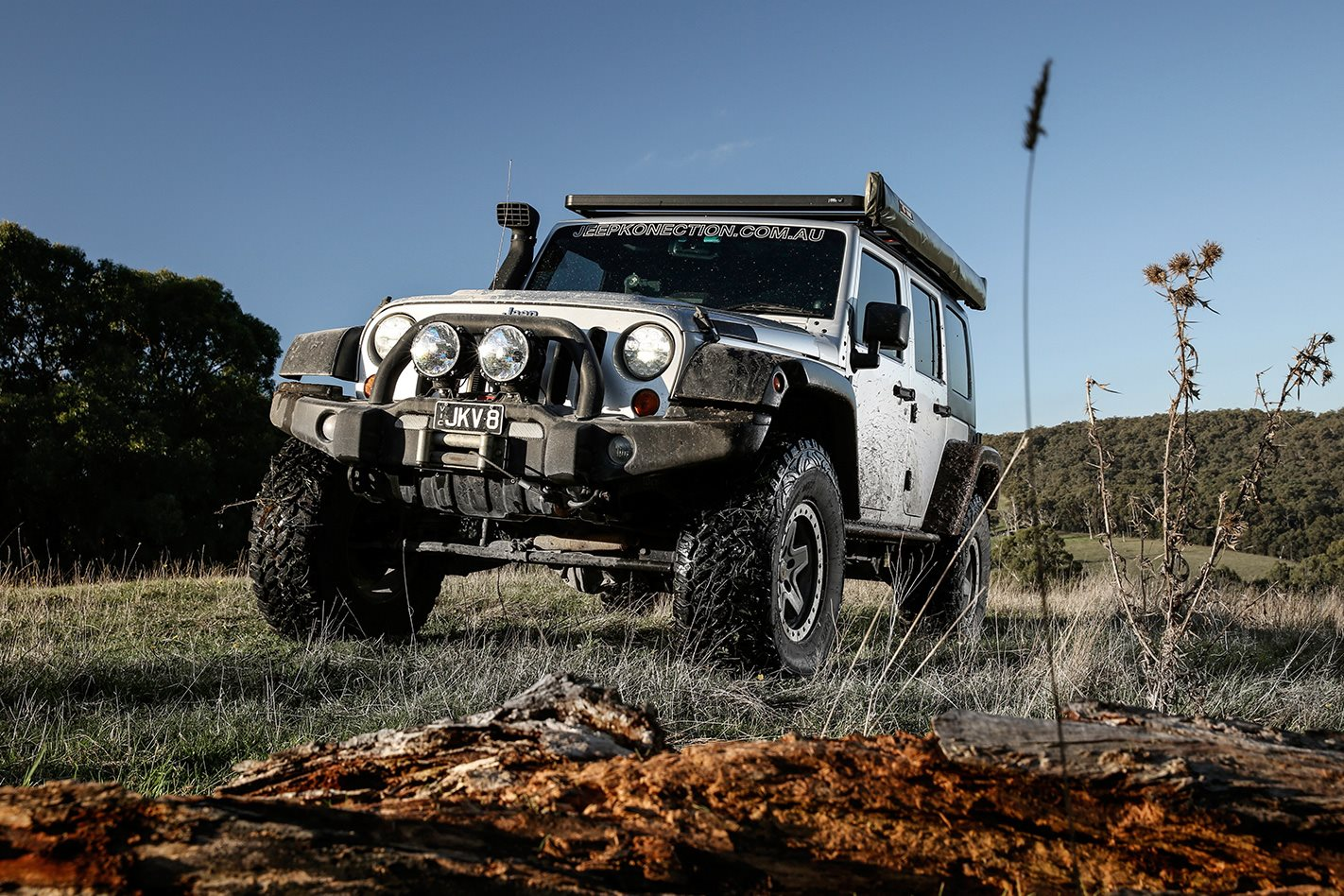 jeep wrangler jk v8 hemi v8 put to the test 4x4 australia. Black Bedroom Furniture Sets. Home Design Ideas