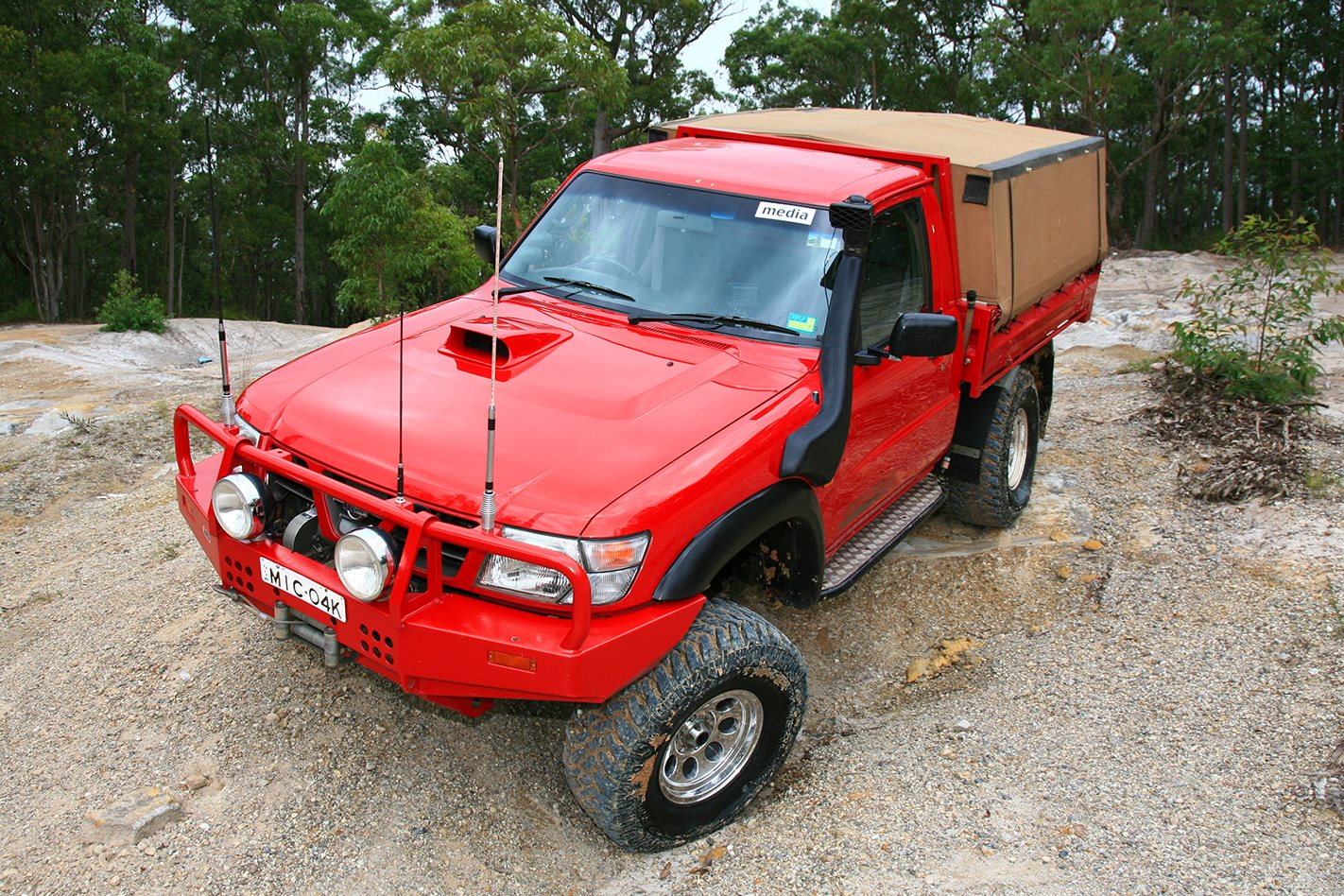 custom 4x4 nissan gu patrol with toyota engine 4x4 australia. Black Bedroom Furniture Sets. Home Design Ideas