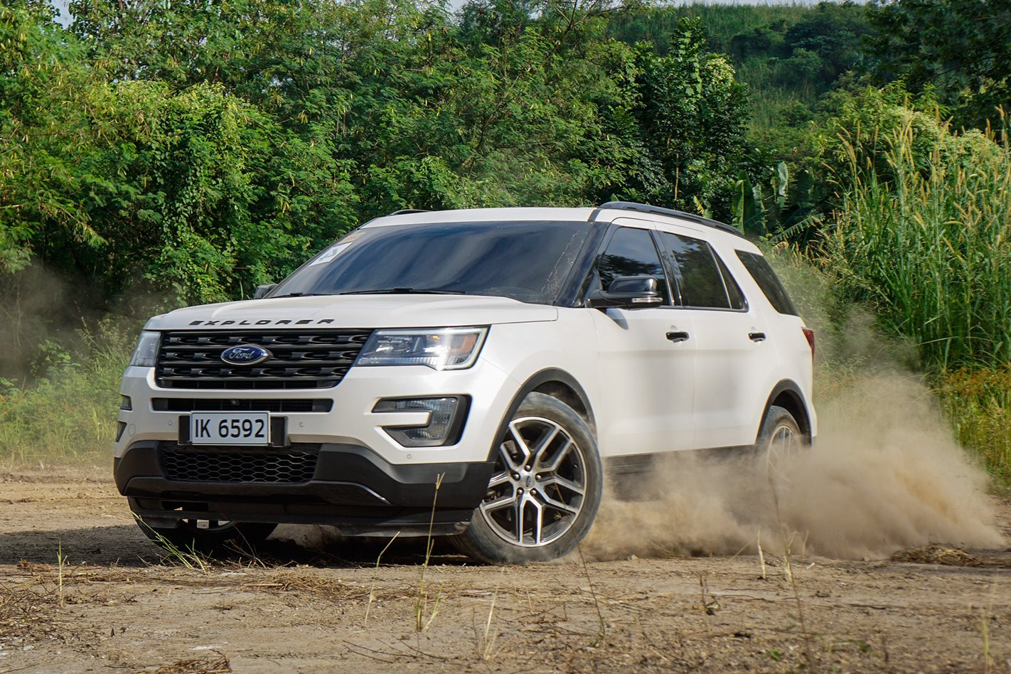 ford explorer sport review 4x4 australia