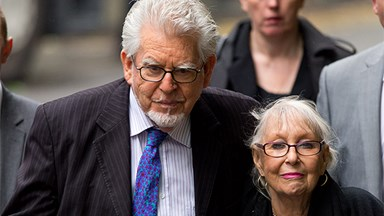 Rolf Harris accused of lying to jury