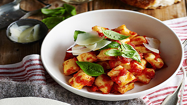 Gnocchi in tomato and basil sauce