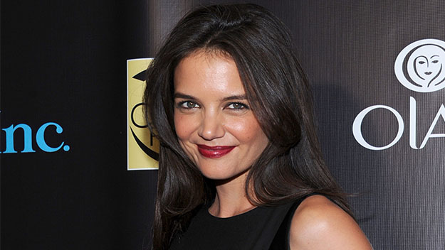 Katie Holmes opens up about her divorce to Tom Cruise