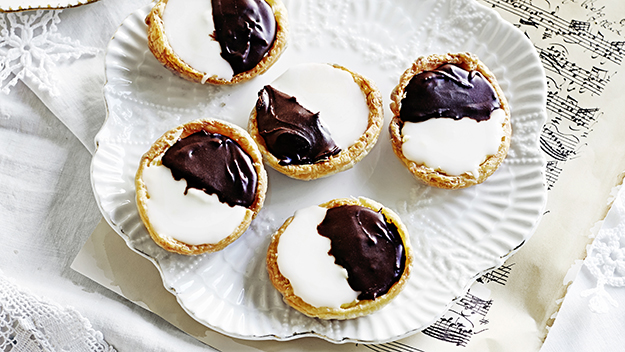 Maggie Beer's Christmas Buffet: Neenish tarts