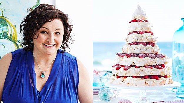 [Meringue Christmas tree.](http://www.aww.com.au/food/recipes/2013/12/julie-goodwins-meringue-christmas-tree)