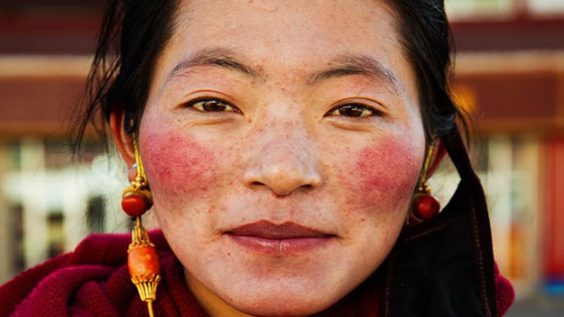 Photographer snaps women from 37 countries to show that beauty is everywhere