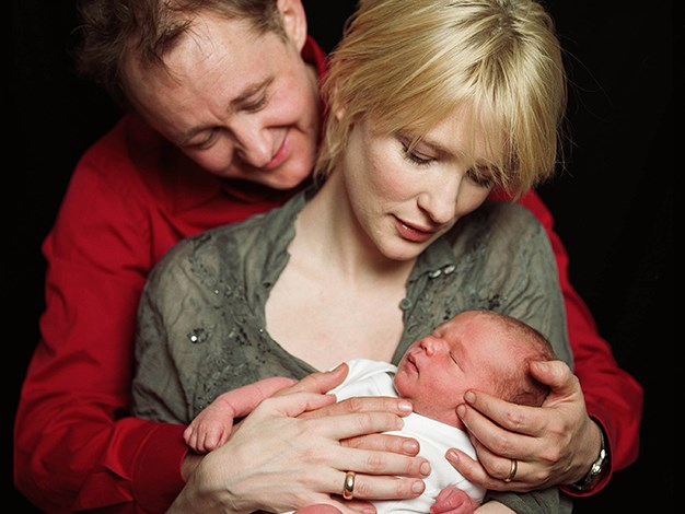 Cate looks stunning in these portraits of her first son, Dashiell.