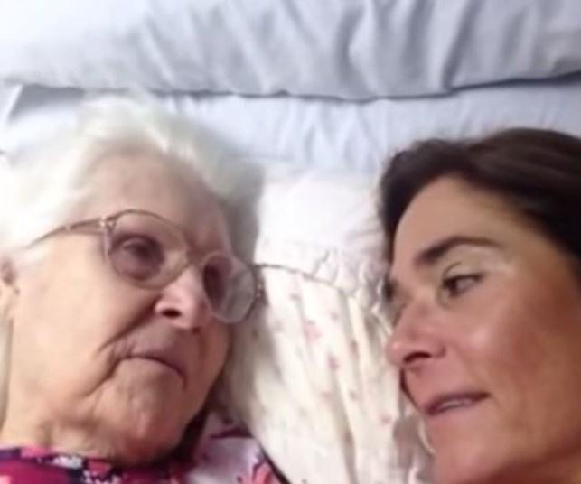 WATCH: Mum with dementia recognises daughter