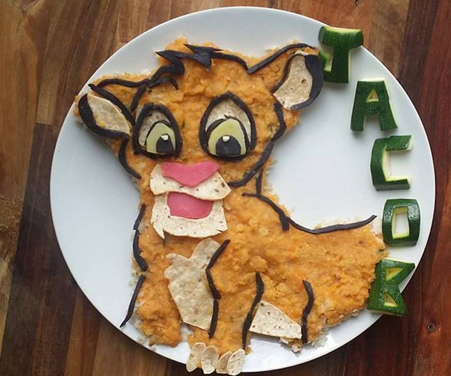 Mum makes incredible snacks for fussy toddler