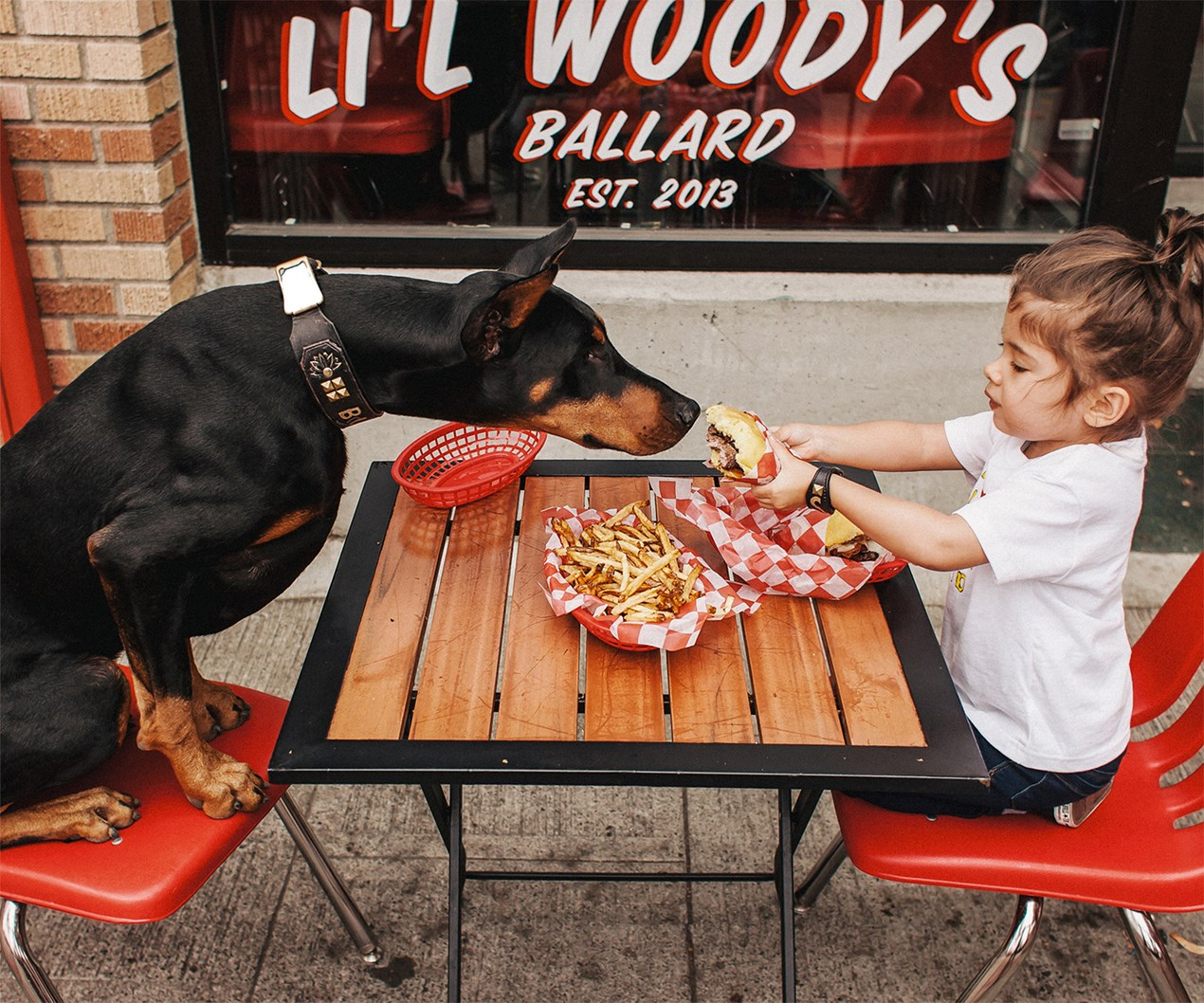 Cutie and the Beast: Adorable best friends go viral