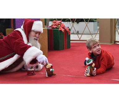 Santa goes the extra mile for boy with autism