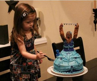 3-year-old celebrates birthday with amazing Star Wars birthday cake