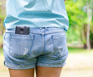 Why you should never carry your phone in your pocket