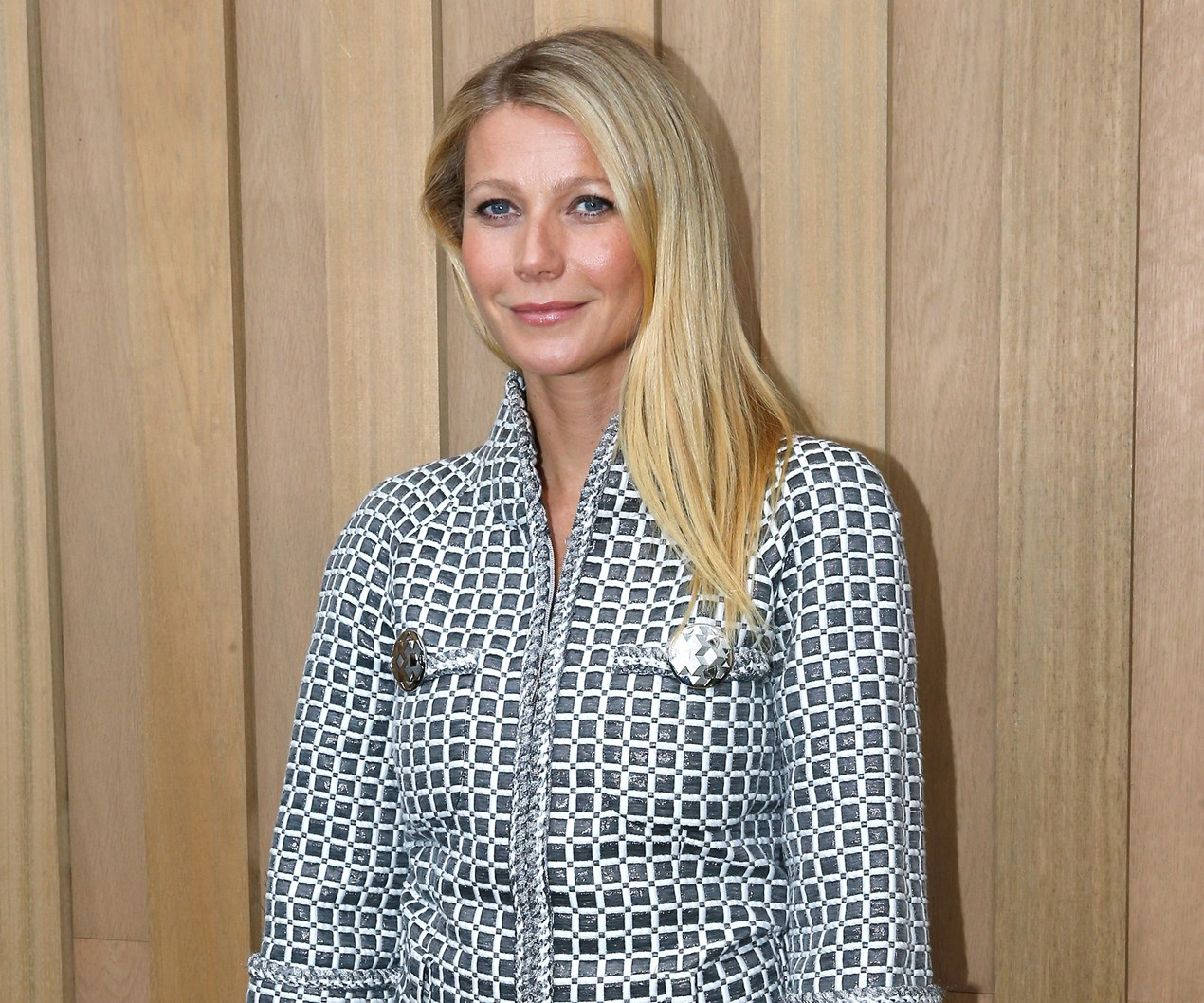 Gwyneth Paltrow's daughter Apple looks just like her