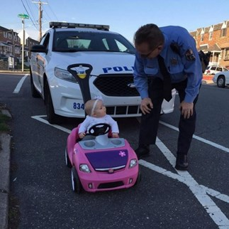 Toddler pulled over for ignoring stop sign while driving