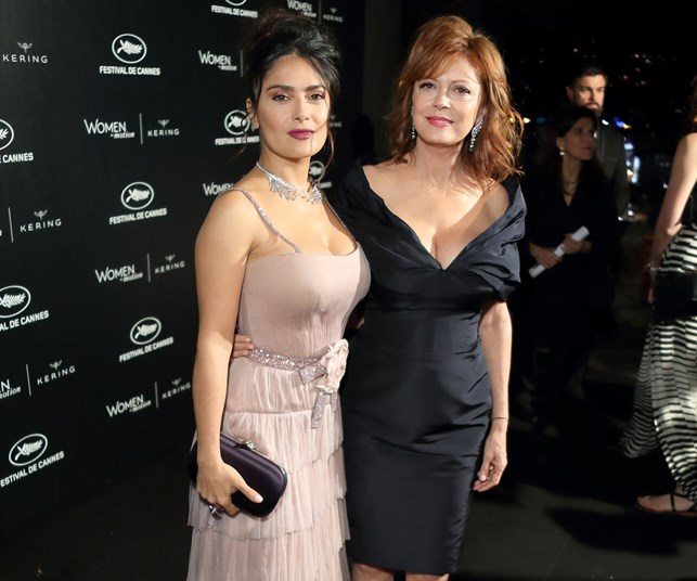 Salma Hayek and Susan Sarandon's cleavage competition
