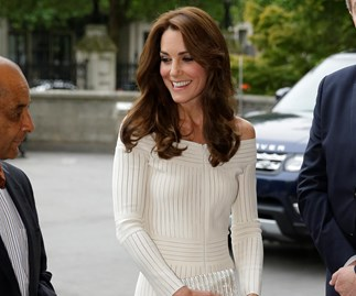 Kate stuns in sexy dress