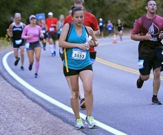 New mum uses breast pump while running half marathon