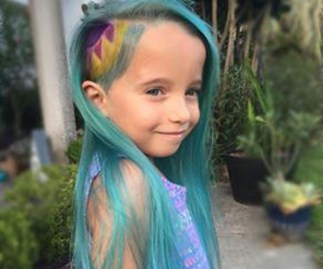 Mum gives daughter unicorn hairstyle, cops hate, responds beautifully