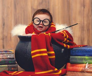 This baby's Harry Potter themed photoshoot will bring you so much joy