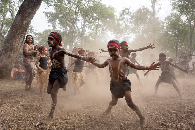 Images of indigenous culture at laura dance festival for Australian traditions