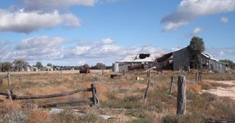 What remains of the Toorale Woolshed, where Henry Lawson took up work in 1892. (Credit: Barrie Bryan)