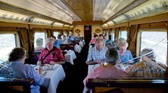 The Queen Adelaide dining carrriage on the Indian Pacific. (Photo: Carolyn Barry)
