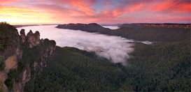 Sunrise over the Three Sisters, Blue Mountains, NSW. (Credit: Getty)