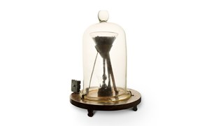 University of Queensland's pitch drop experiment