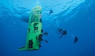 Deepsea Challenger on a dive