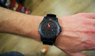 TRASER H3 P6600 Red Combat Watch