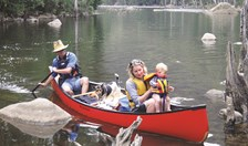 Canoeing with kids AG Outdoor