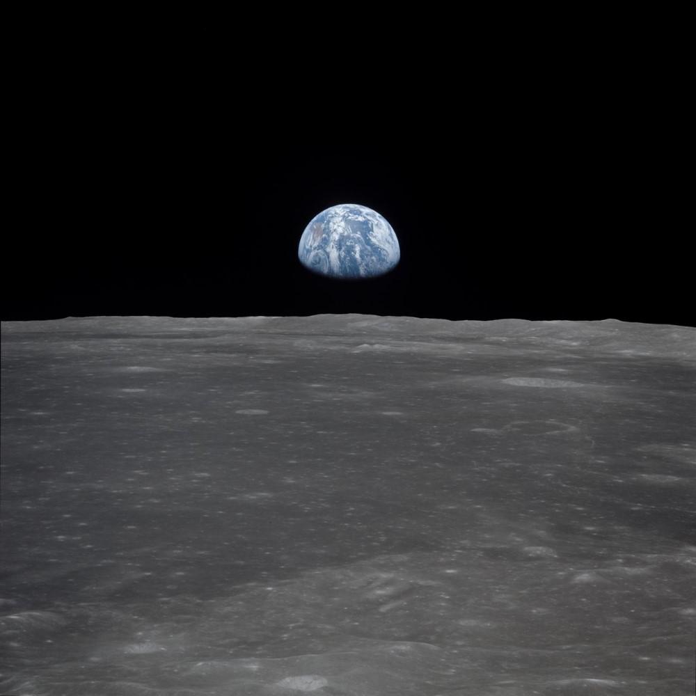 apollo 11 earth rise