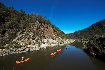 snowy river paddling adventure