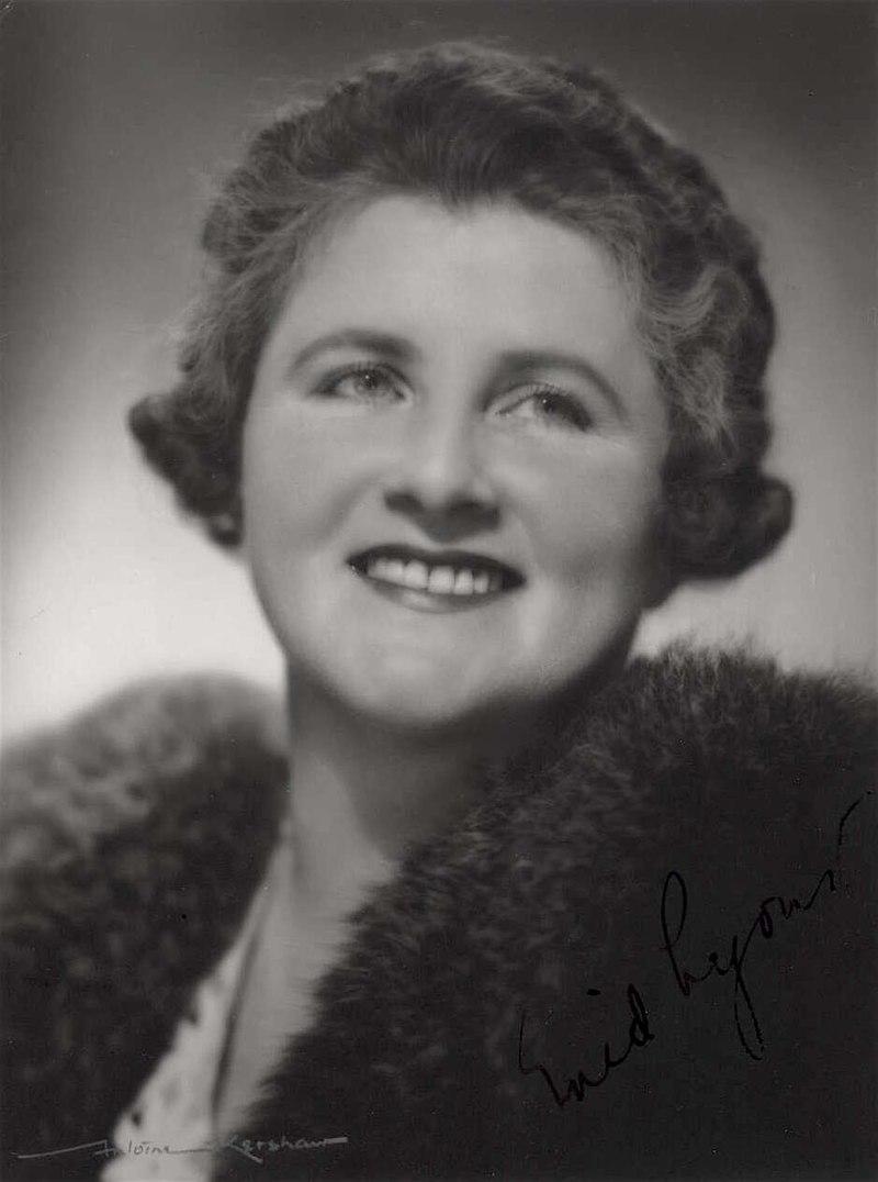 Dame Enid Lyonst