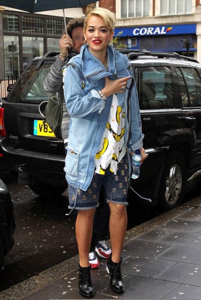 Rita Ora is another huge fan of denim label One Teaspoon, throwing this denim anorak over her shirt and shorts streetwear. Like her, we're going bananas over that jacket (see what we did there?).