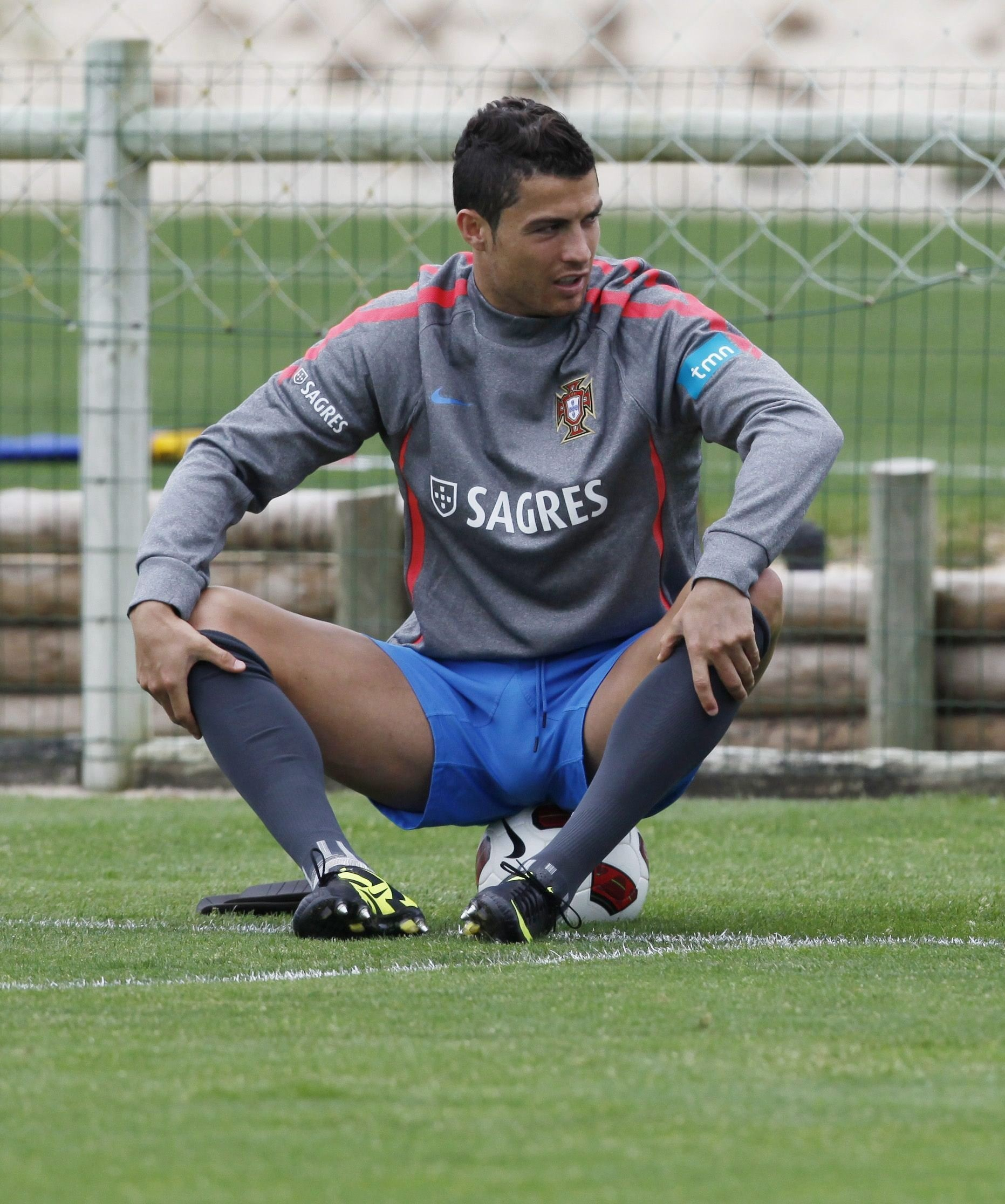 He S Currently Warming Up For The World Cup But We Doubt Cristiano