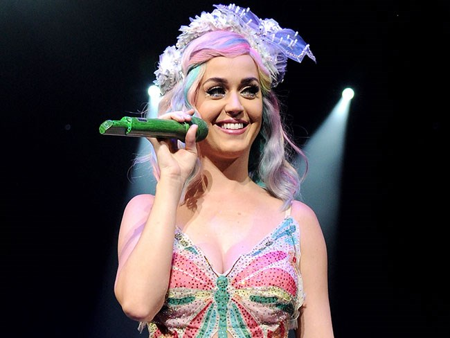 "Katy ""doesn't need a dude"" to be a Mum"